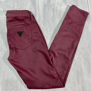 GUESS Low Rise Maxine Fit Leggings Size 27
